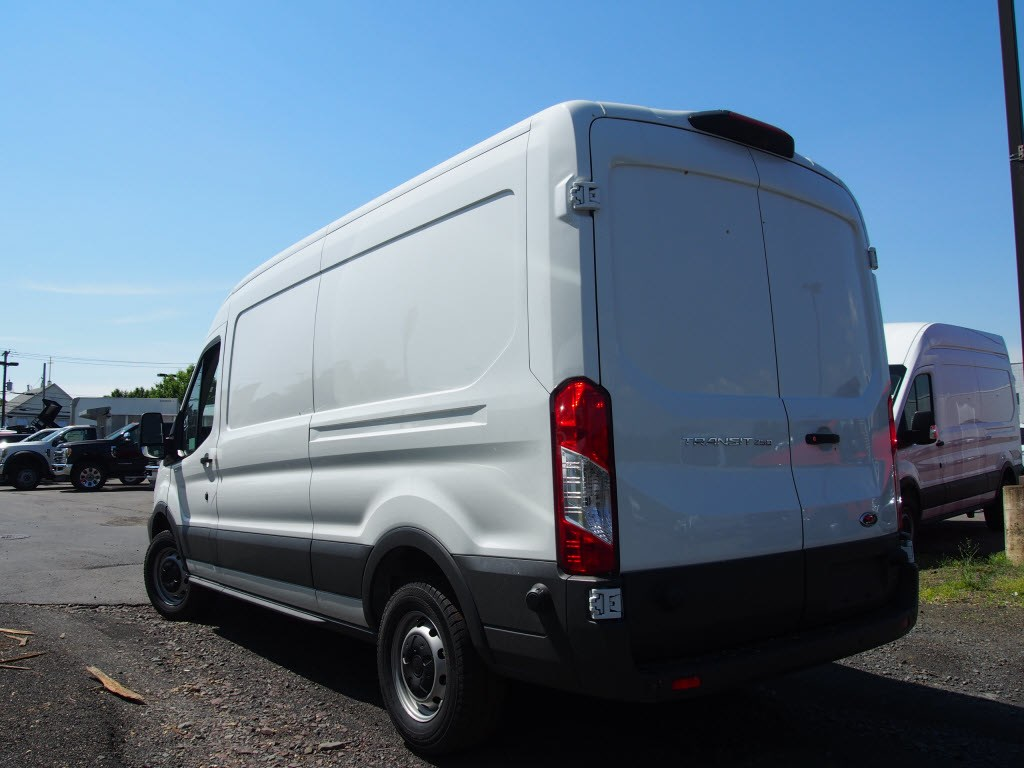 2018 Transit 250 Med Roof 4x2,  Empty Cargo Van #9581T - photo 5
