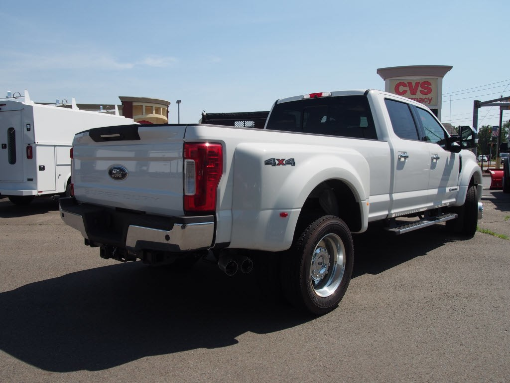 2018 F-450 Crew Cab DRW 4x4,  Pickup #9608T - photo 2