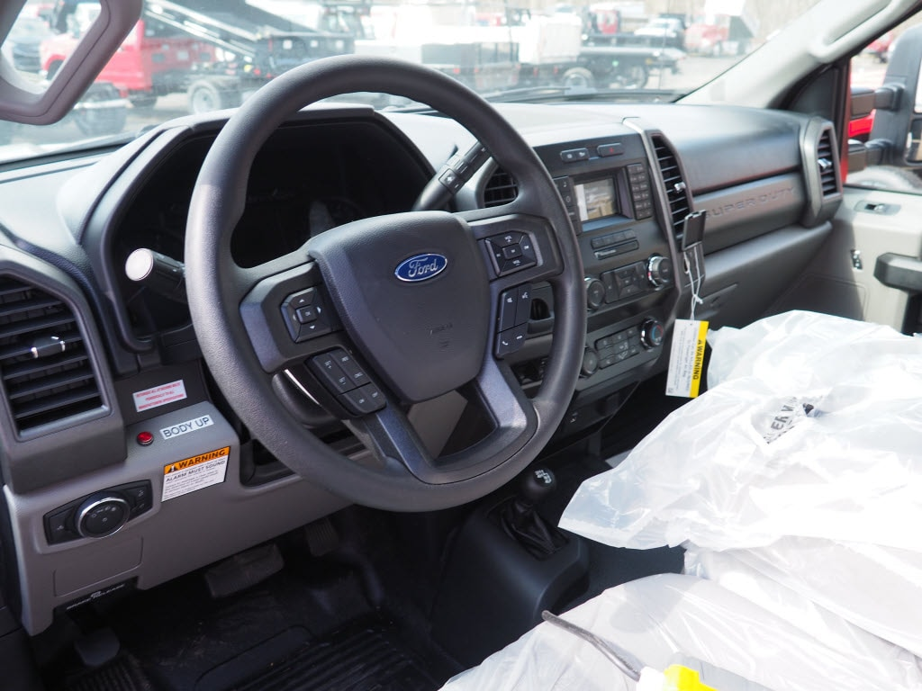 2019 Ford F-550 Regular Cab DRW 4x4, Rugby Eliminator LP Steel Dump Body #10633T - photo 6