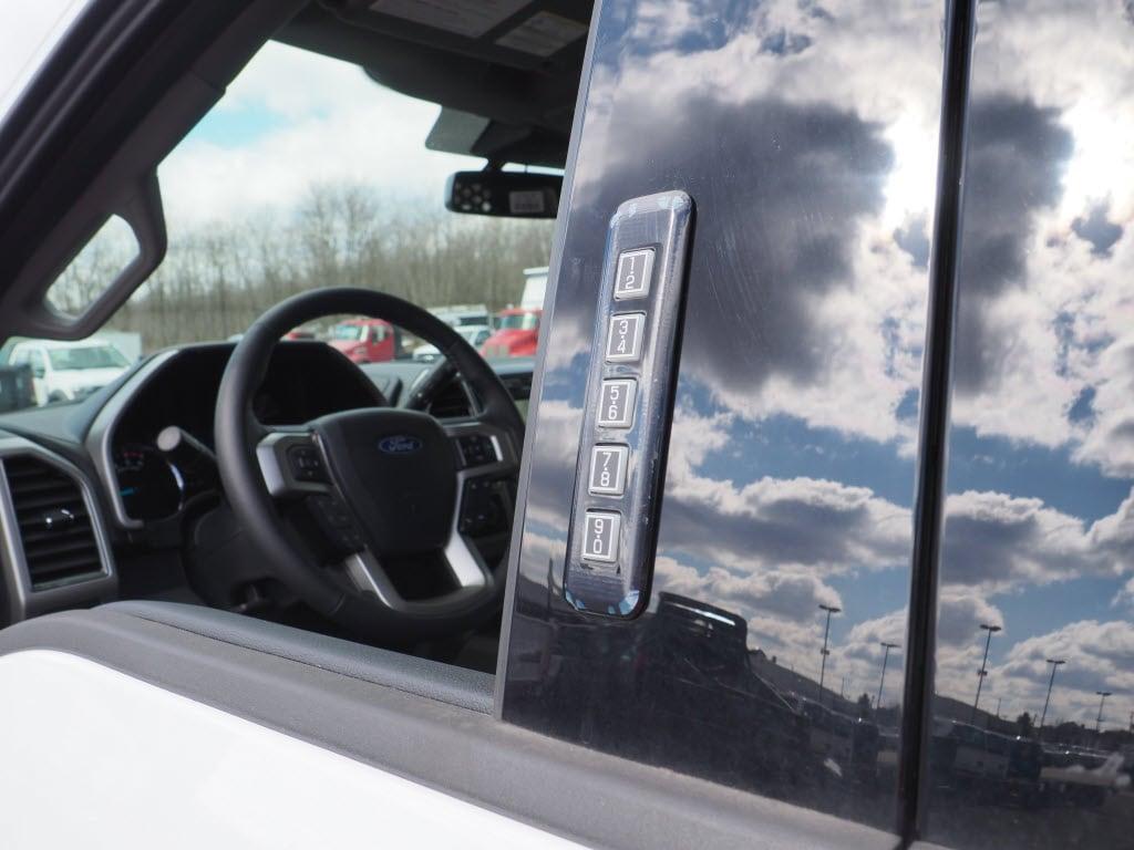 2020 Ford F-550 Crew Cab DRW 4x4, Duramag Dump Body #10538T - photo 13