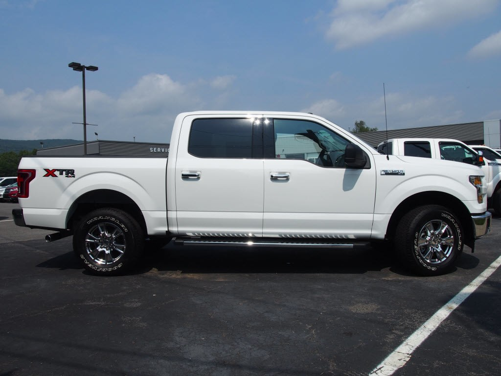 2017 Ford F-150 SuperCrew Cab 4x4, Pickup #P4999C - photo 12