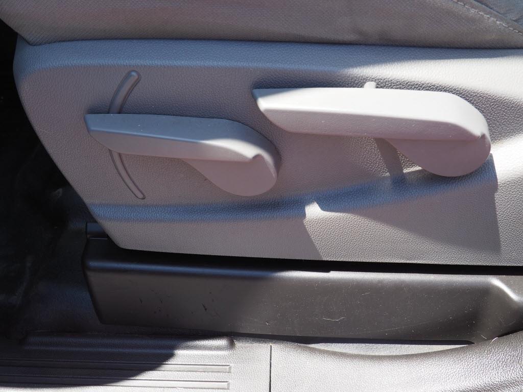 2017 Chevrolet Silverado 3500 Double Cab 4x4, Pickup #P5013B - photo 23