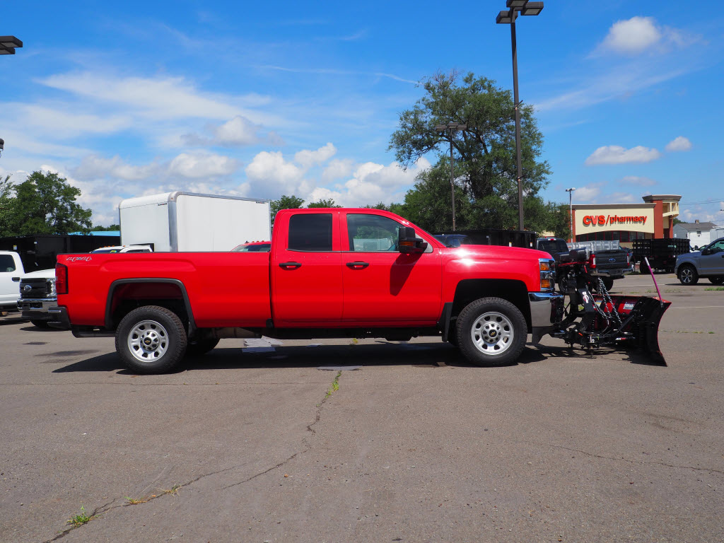 2017 Chevrolet Silverado 3500 Double Cab 4x4, Pickup #P5013B - photo 3