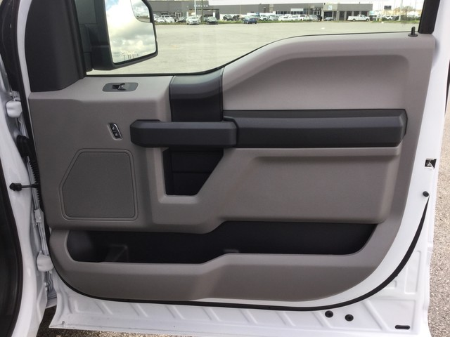 2019 F-150 SuperCrew Cab 4x2,  Pickup #C27535 - photo 29