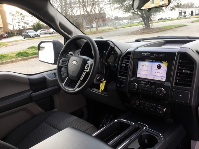 2019 F-150 SuperCrew Cab 4x2,  Pickup #C27535 - photo 31