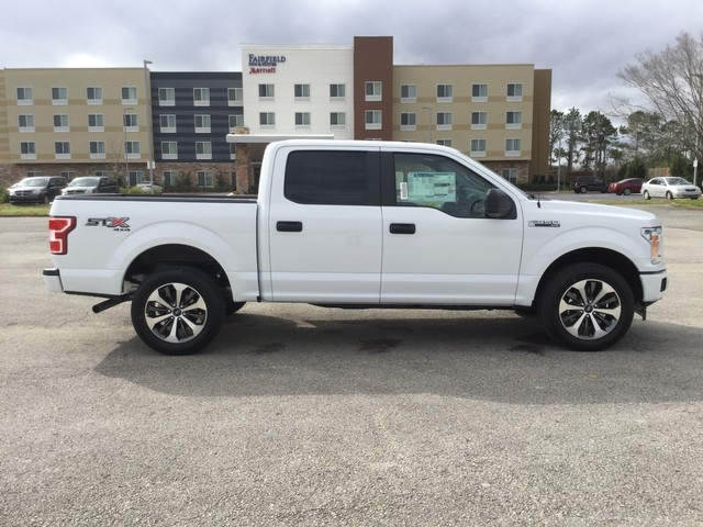 2019 F-150 SuperCrew Cab 4x4,  Pickup #C27540 - photo 26