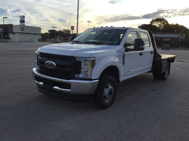 2019 F-350 Crew Cab DRW 4x4,  CM Truck Beds Platform Body #C52219 - photo 4