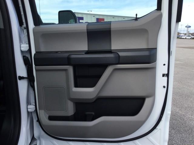 2019 F-250 Crew Cab 4x4,  Pickup #D22722 - photo 29
