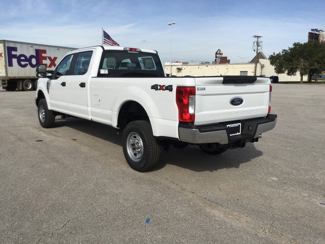 2019 F-250 Crew Cab 4x4,  Pickup #D22722 - photo 6