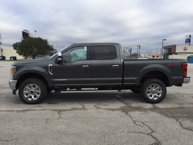 2019 F-250 Crew Cab 4x4,  Pickup #D34904 - photo 5