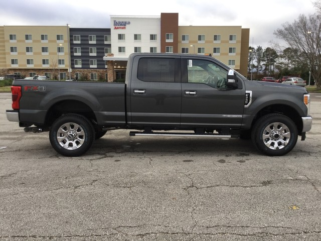 2019 F-250 Crew Cab 4x4,  Pickup #D34904 - photo 8