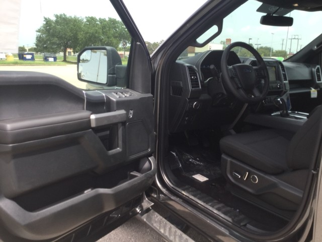 2018 F-150 SuperCrew Cab 4x4,  Pickup #D41206 - photo 10