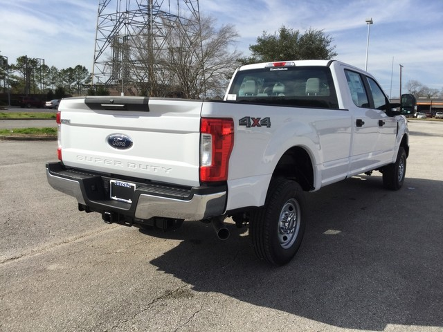2019 F-250 Crew Cab 4x4,  Pickup #D60652 - photo 2
