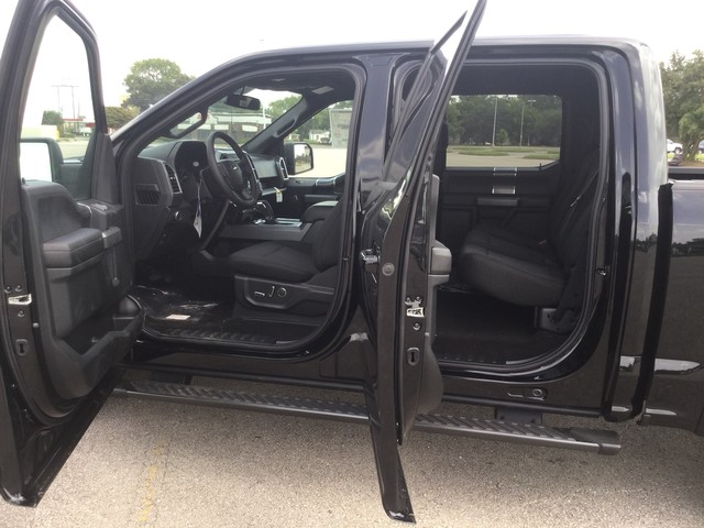2018 F-150 SuperCrew Cab 4x2,  Pickup #E84019 - photo 38