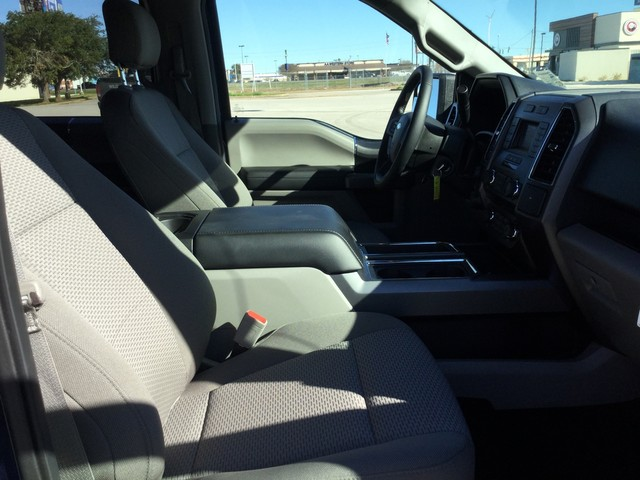 2018 F-150 SuperCrew Cab 4x2,  Pickup #E90876 - photo 34