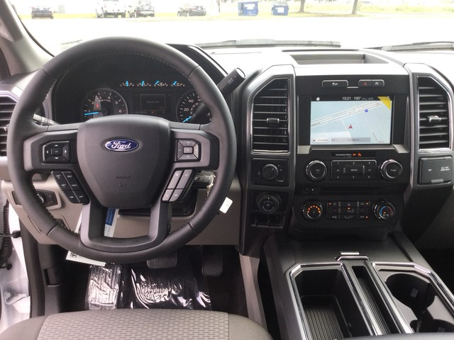 2018 F-150 SuperCrew Cab 4x2,  Pickup #E90879 - photo 33