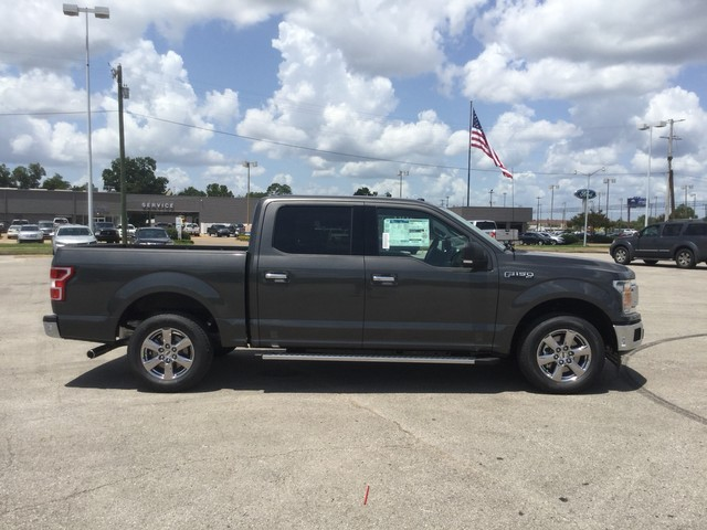 2018 F-150 SuperCrew Cab 4x2,  Pickup #F00914 - photo 8