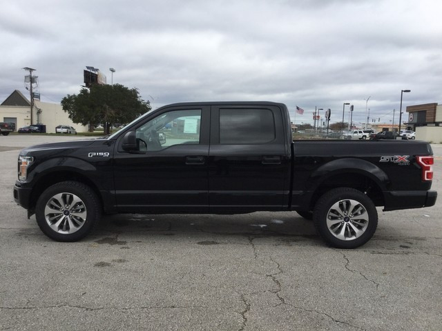 2018 F-150 SuperCrew Cab 4x4,  Pickup #F39186 - photo 5