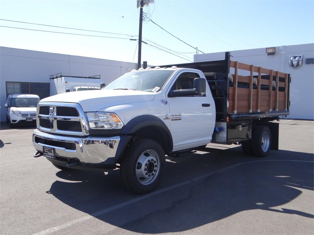 2018 Ram 5500 Regular Cab DRW 4x2,  Martin's Quality Truck Body Landscape Dump #R1503T - photo 7