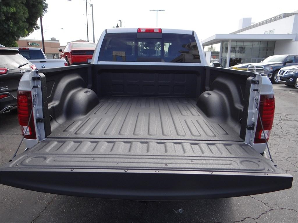 2018 Ram 1500 Crew Cab 4x4,  Pickup #R1564 - photo 19