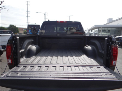 2018 Ram 1500 Crew Cab 4x4,  Pickup #R1597 - photo 22