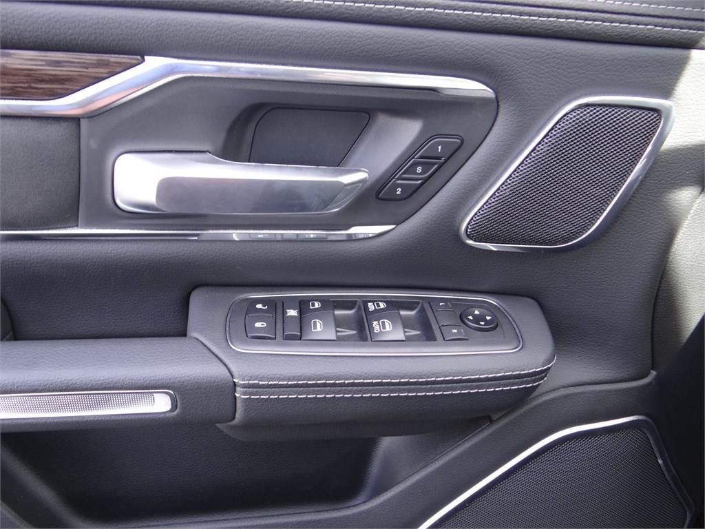 2019 Ram 1500 Crew Cab 4x2,  Pickup #R1679 - photo 17