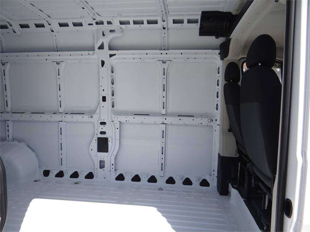 2018 ProMaster 2500 High Roof FWD,  Empty Cargo Van #R1772T - photo 19
