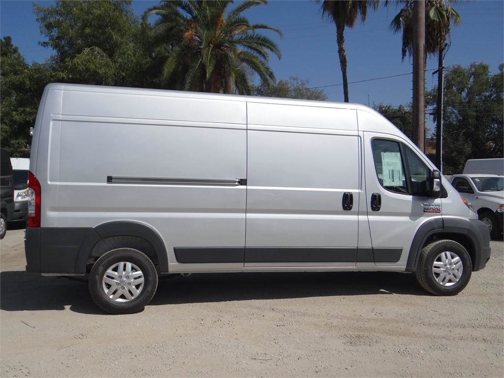 2018 ProMaster 2500 High Roof FWD,  Empty Cargo Van #R1778T - photo 3