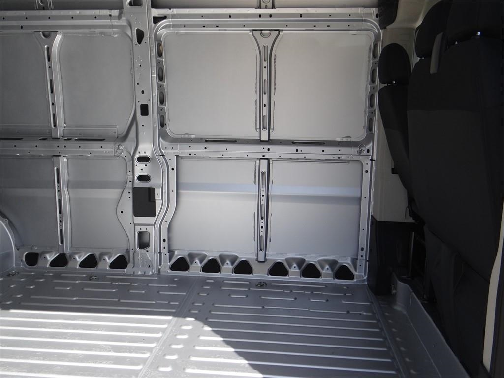 2018 ProMaster 2500 High Roof FWD,  Empty Cargo Van #R1778T - photo 20