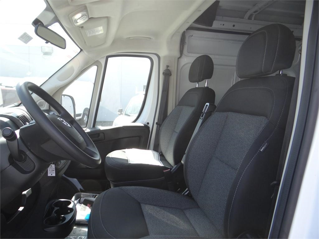 2018 ProMaster 2500 High Roof FWD,  Empty Cargo Van #R1788T - photo 17