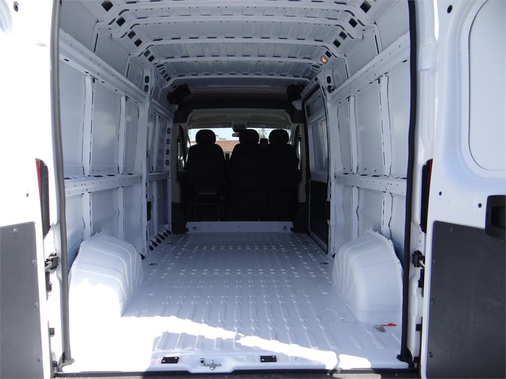2018 ProMaster 2500 High Roof FWD,  Empty Cargo Van #R1789T - photo 2