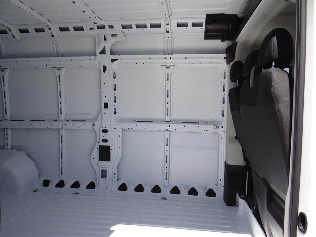 2018 ProMaster 2500 High Roof FWD,  Empty Cargo Van #R1791T - photo 19
