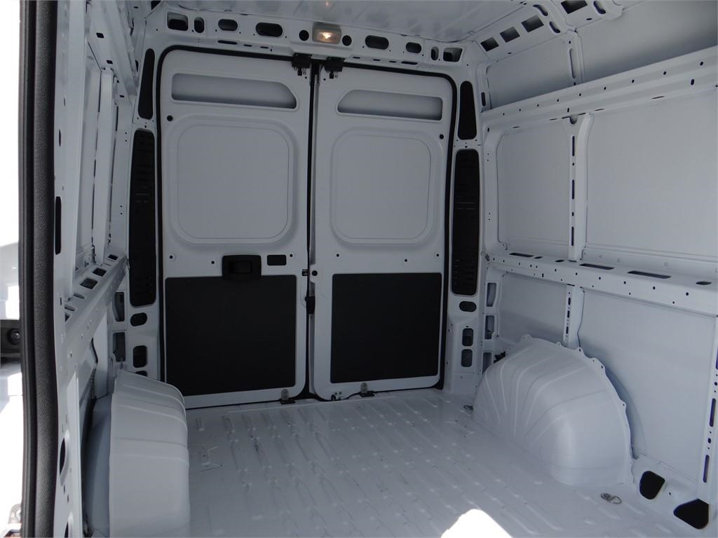 2018 ProMaster 2500 High Roof FWD,  Empty Cargo Van #R1792T - photo 18