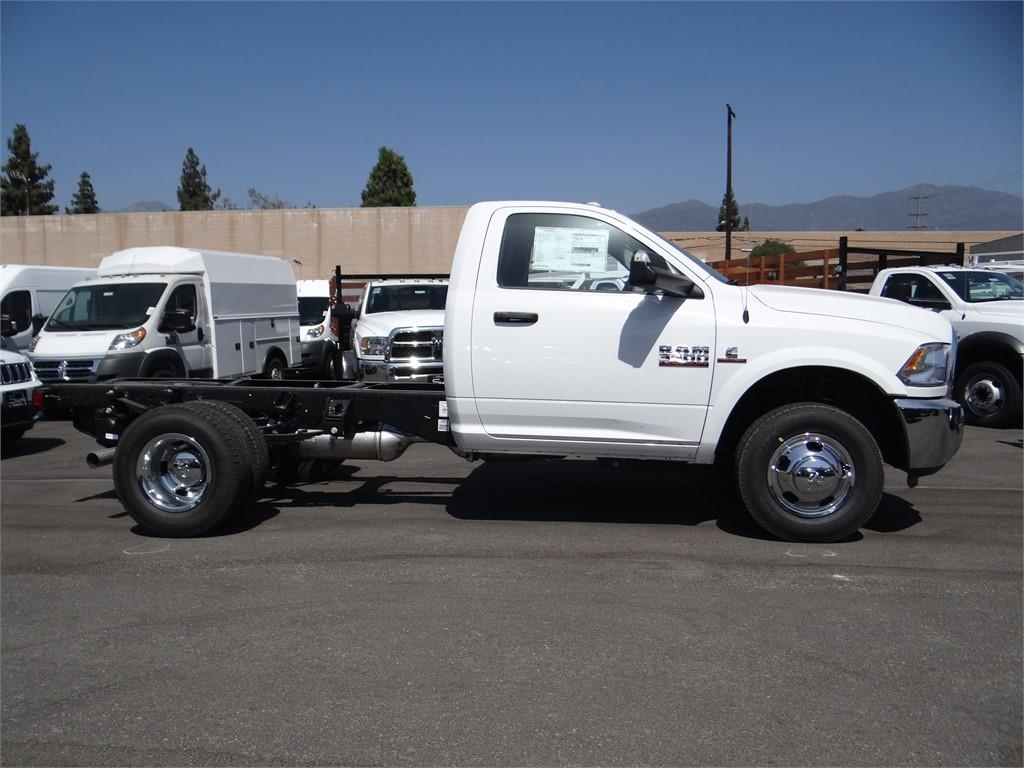 2018 Ram 3500 Regular Cab DRW 4x2,  Cab Chassis #R1805T - photo 3