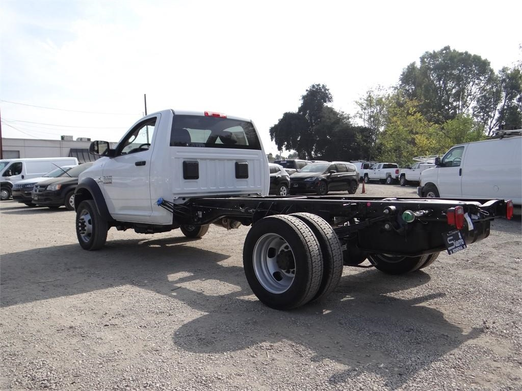 2018 Ram 5500 Regular Cab DRW 4x2,  Cab Chassis #R1878T - photo 5