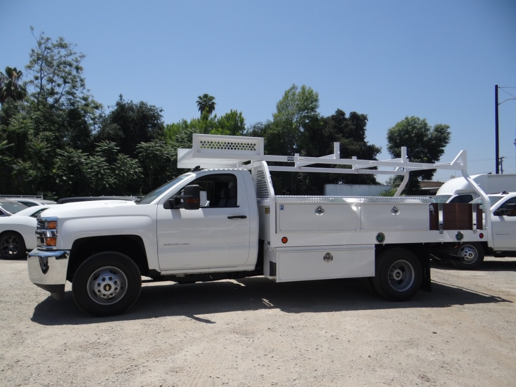 2018 Silverado 3500 Regular Cab 4x2,  Royal Contractor Body #C157854 - photo 5