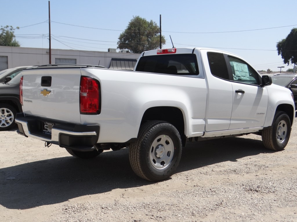 2018 Colorado Extended Cab 4x2,  Pickup #C158040 - photo 2