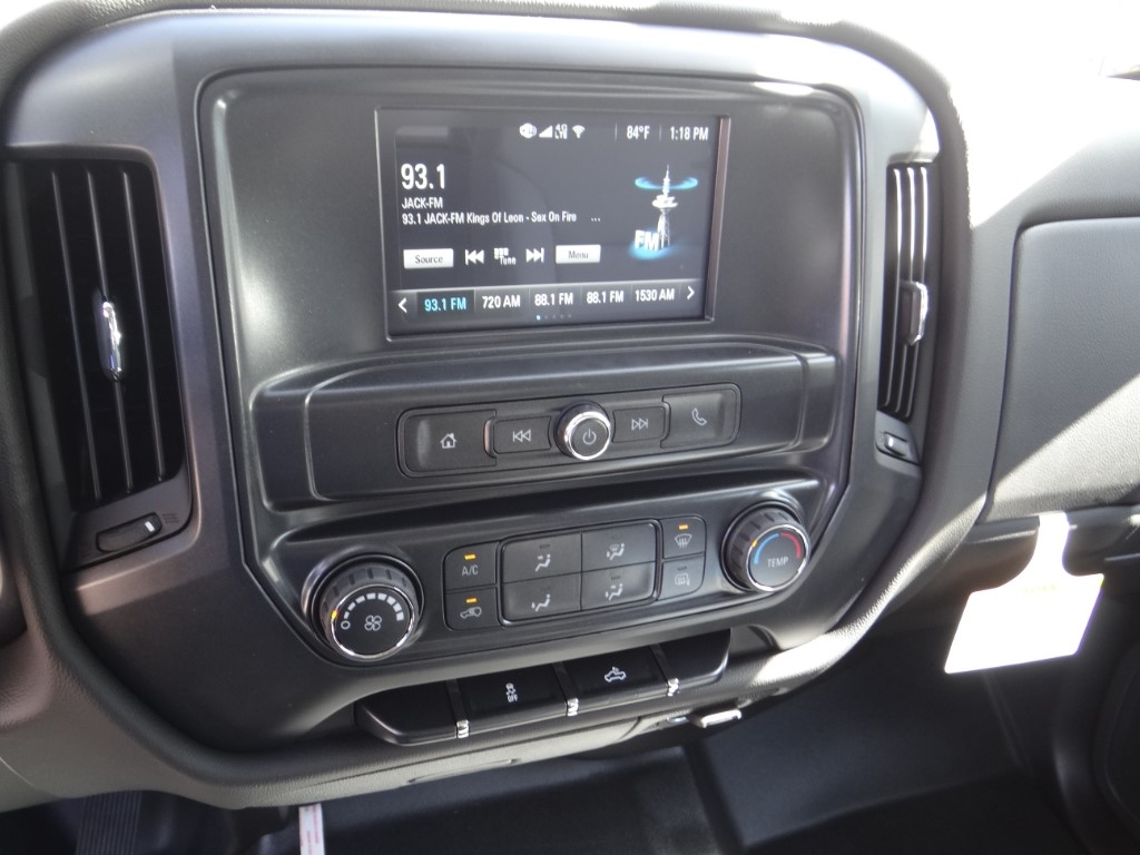 2019 Silverado 2500 Double Cab 4x2,  Royal Service Body #C158532 - photo 9