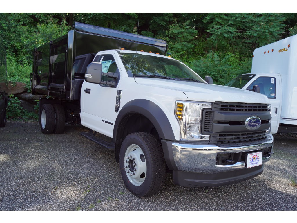 2018 F-550 Regular Cab DRW 4x4,  Landscape Dump #57969 - photo 2