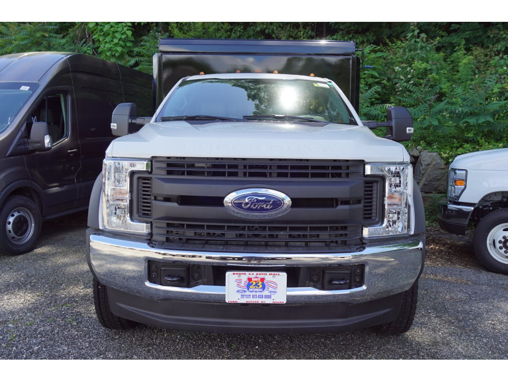 2018 F-550 Regular Cab DRW 4x4,  Landscape Dump #57969 - photo 3
