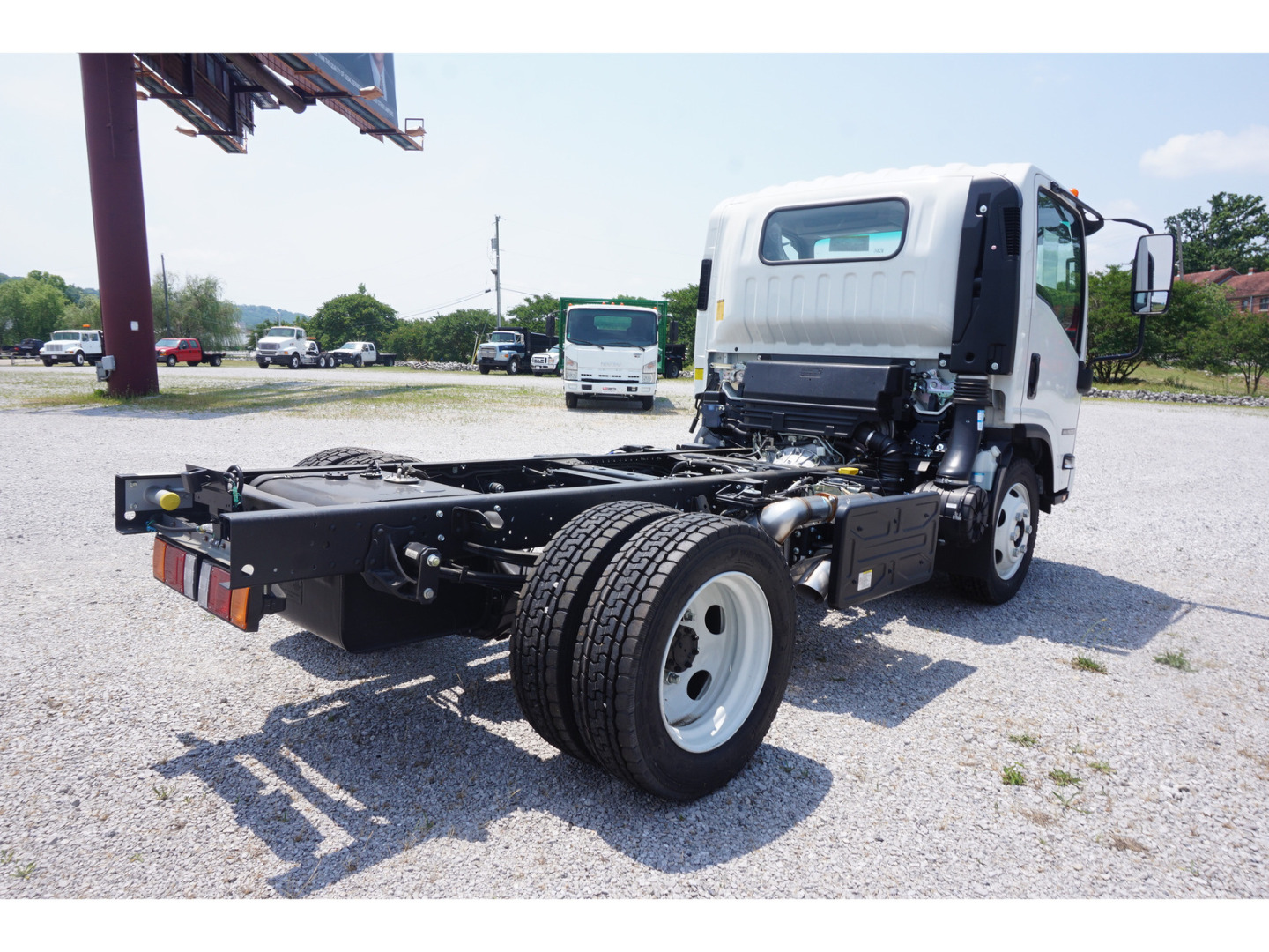 2018 NRR Regular Cab,  Cab Chassis #J7302011 - photo 4