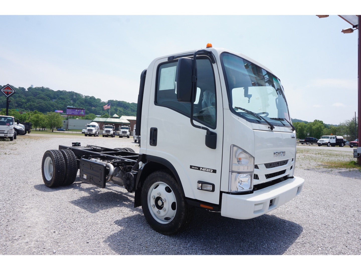 2019 NRR Regular Cab,  Cab Chassis #K7300124 - photo 3