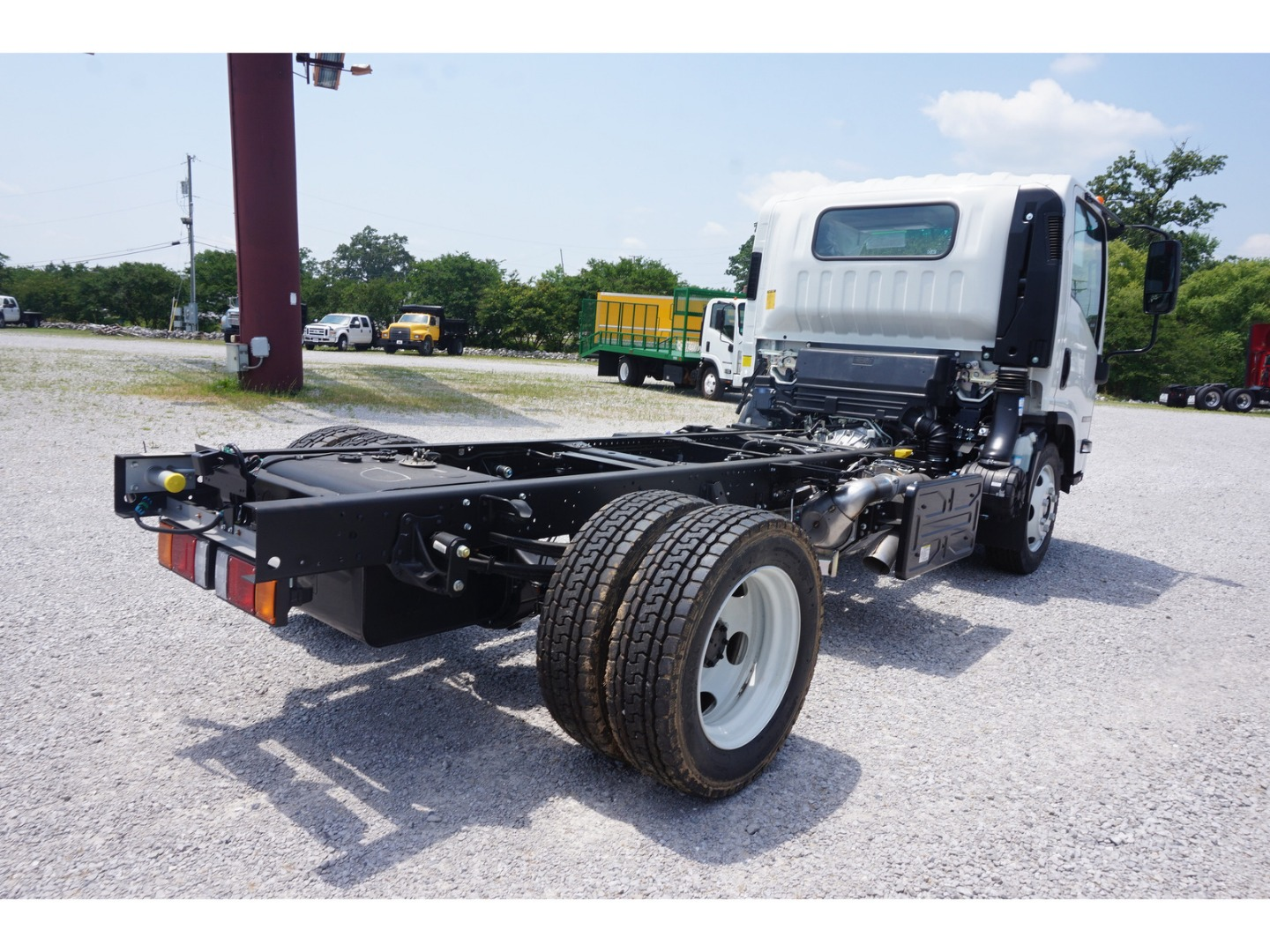 2019 NRR Regular Cab,  Cab Chassis #K7300124 - photo 4