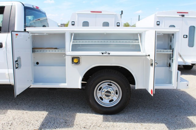 2018 F-250 Regular Cab 4x2,  Reading Service Body #CF8153 - photo 3
