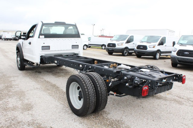 2018 F-550 Regular Cab DRW 4x2,  Cab Chassis #CF8208 - photo 2