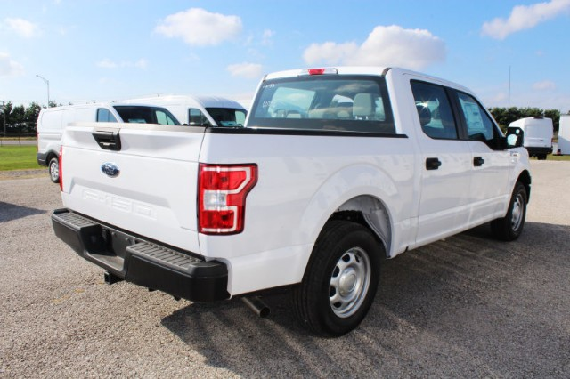 2018 F-150 SuperCrew Cab 4x2,  Pickup #CF8261 - photo 2