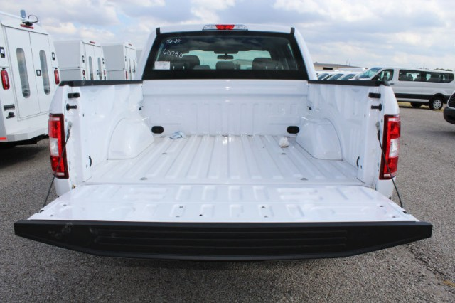 2018 F-150 SuperCrew Cab 4x2,  Pickup #CF8268 - photo 4
