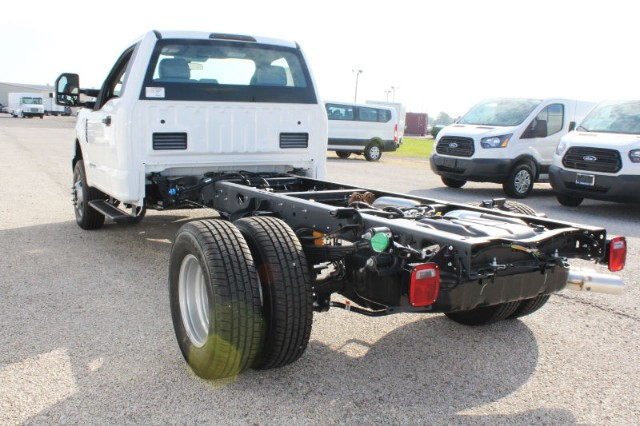 2019 F-350 Regular Cab DRW 4x4,  Cab Chassis #CF9109 - photo 2