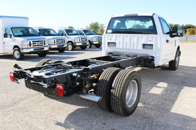 2019 F-350 Regular Cab DRW 4x2,  Cab Chassis #CF9110 - photo 2