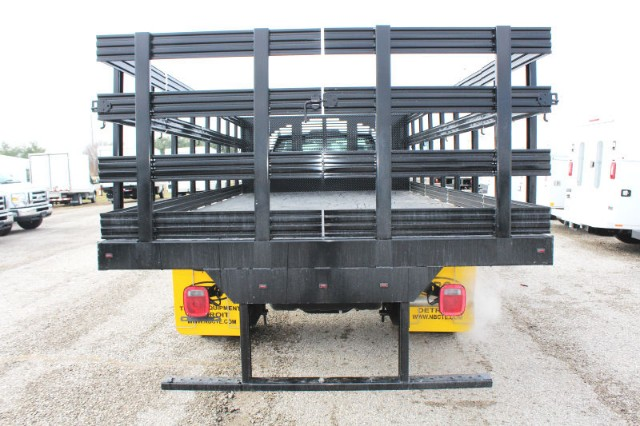 2018 F-550 Regular Cab DRW 4x2,  Stake Bed #CF9125 - photo 4